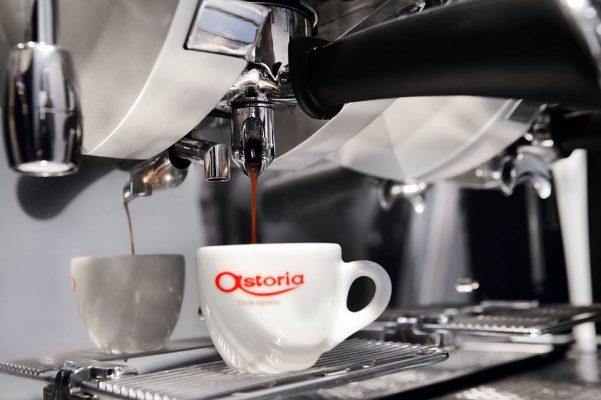 cách pha cà phê bằng máy | Món Miền Trung