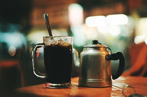 Pha cà phê đá đúng cách sẽ làm cho hương vị cà phê ngon hơn