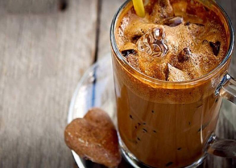 Cách pha cà phê nâu lắc ngon không phải ai cũng biết