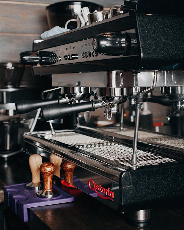 Đầu tư máy pha cà phê là một khoản đầu tư thông minh giúp bạn kinh doanh tốt hơn.